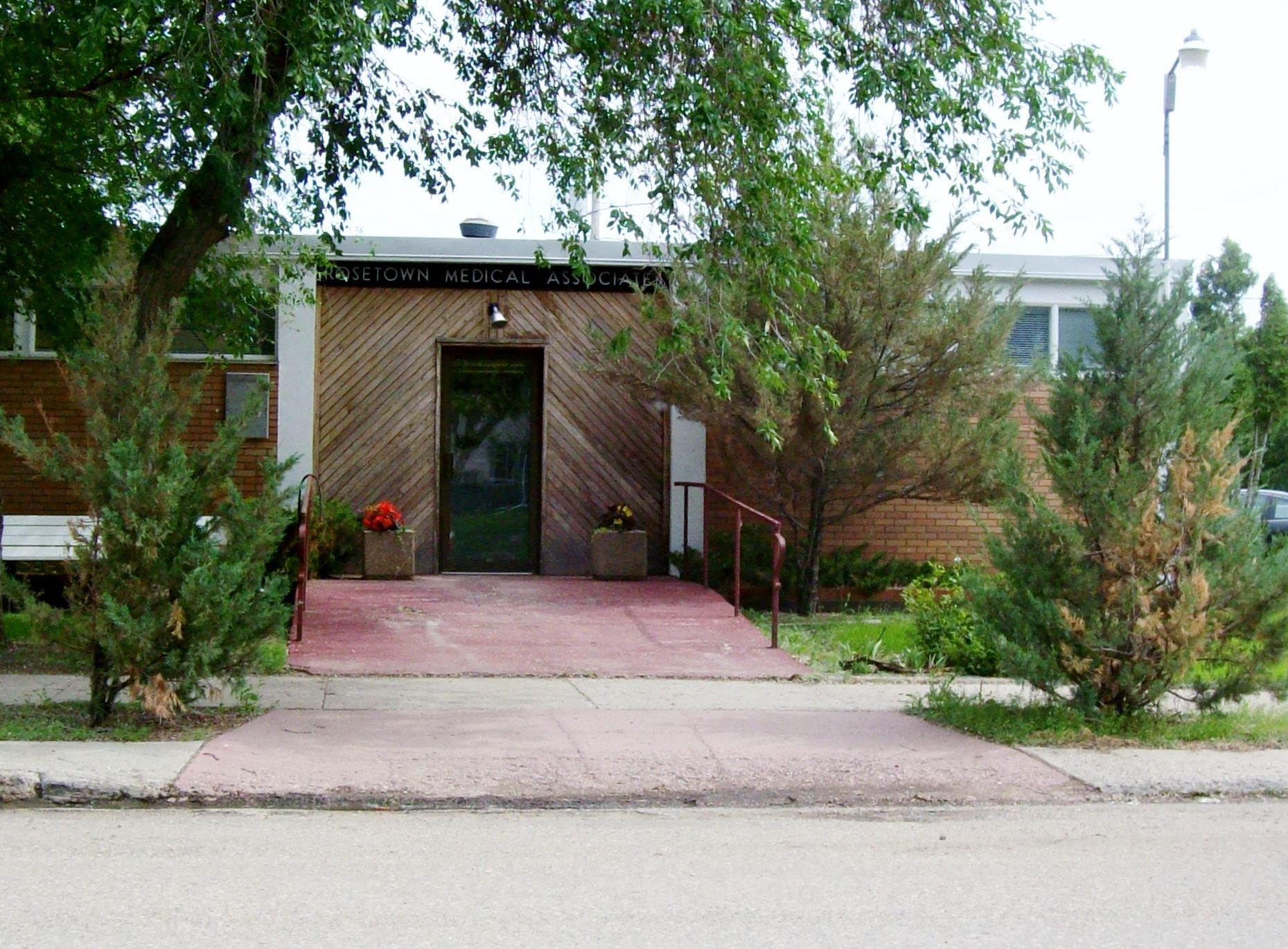 Rosetown Medical Group entrance